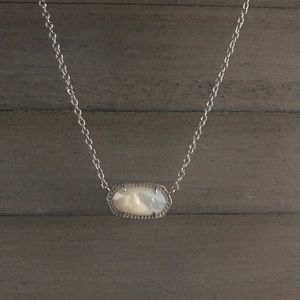 Kendra Scott Elisa Mother of Pearl Necklace